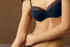 """Geheimnisvolle Verführung: """"Midnight Shade"""" nennt Calida dieses Modell in Nachtblau - eine der Trendfarben in diesem Herbst. Set um 60 Euro."""